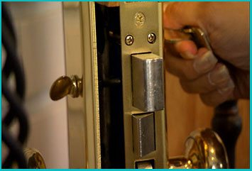 Lakewood Lock And Keys Lakewood, CA 562-566-4250